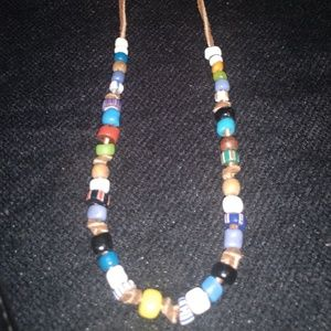 Jewelry - Beaded/leather necklace